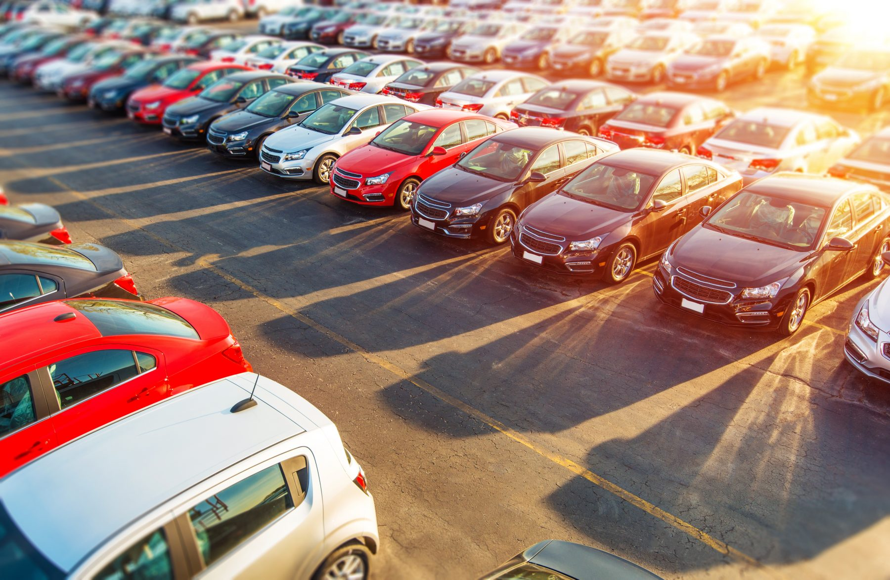 Is it Better to Buy a Car or Lease a Car? Buying vs Leasing