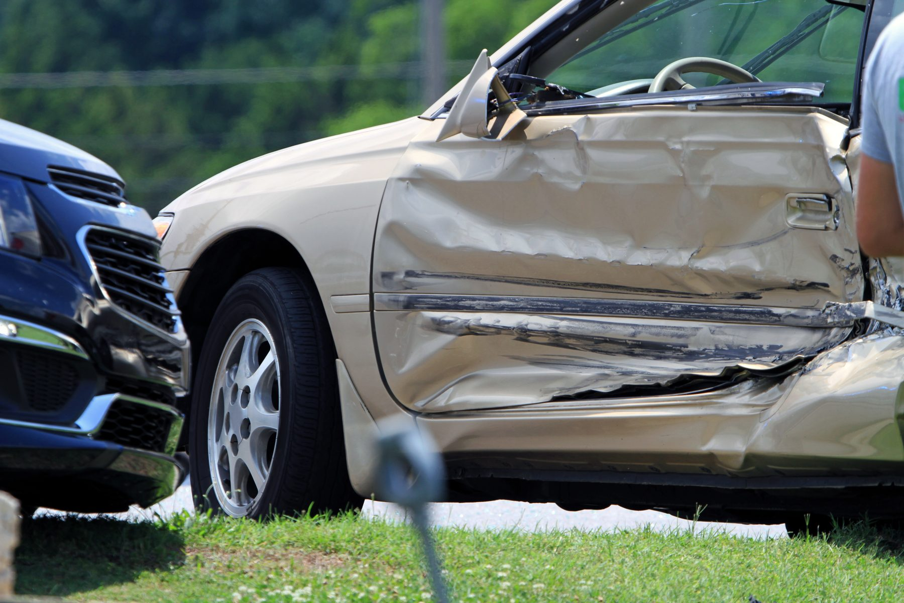Common Mistakes That Happen After a Car Accident